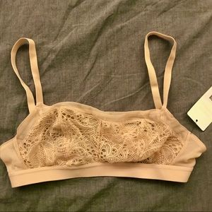 Lively straight lace bralette in toasted almond
